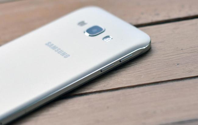 Trên tay smartphone siêu mỏng Galaxy A8, giá 11 triệu đồng