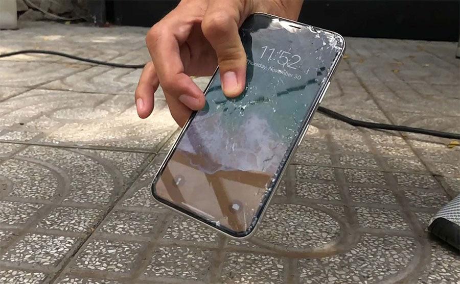 Màn hình điện thoại Samsung s10 Plus vỡ